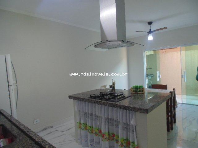 casa para venda no bairro São José em Peruíbe